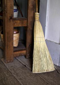 brooms-214717_1280