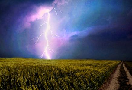 lightning-weft-731541_1280
