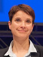 453px-2015-07-04_AfD_Bundesparteitag_Essen_by_Olaf_Kosinsky-194