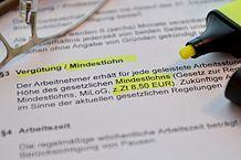 218px-Mindestlohn_vertrag_verguetung_deutschland