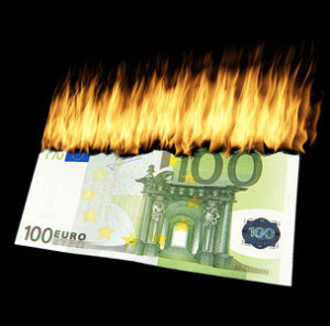 burn-money-1463224_640